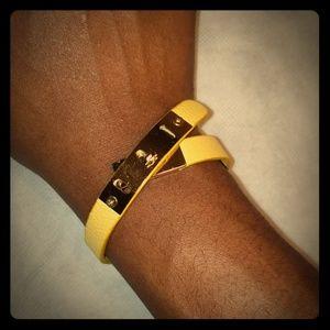 💛Yellow band bracelet